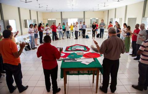 Land grabbing in northeastern Brazil fact finding mission prayer September 6, 2017 by @ONGFase/Twitter