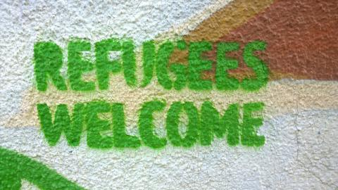 Refugees welcome garffiti