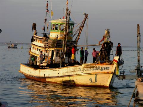 Thai fishing boat by Flickr SeaDave